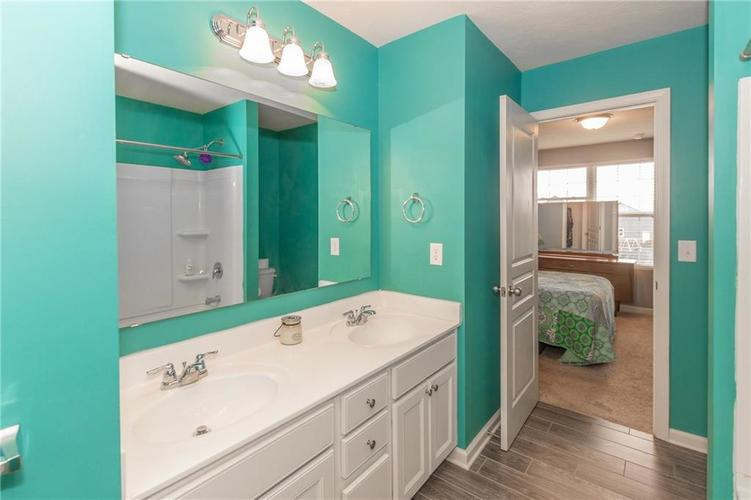 12644 Amber Star Drive Noblesville IN 46060 | MLS 21704837 | photo 24