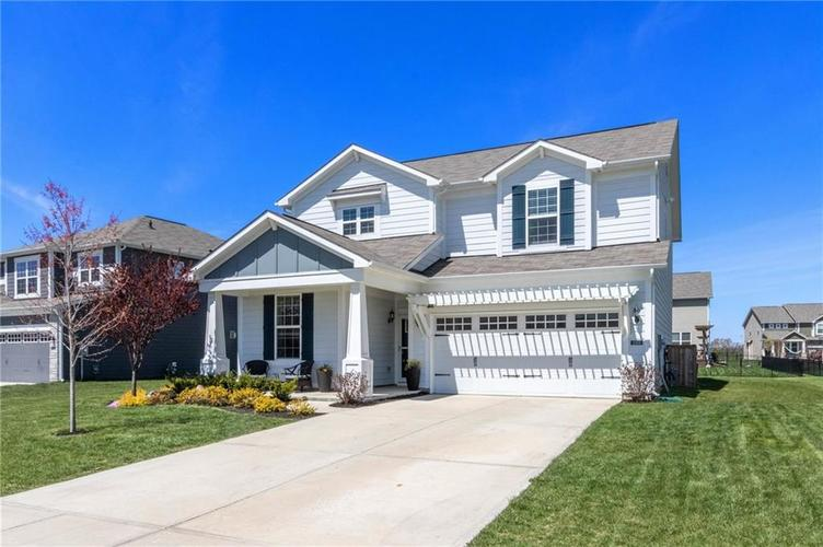 13464 Forest Glade Drive Fishers IN 46037 | MLS 21704906 | photo 1