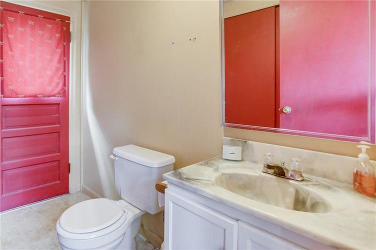7478 Madison Avenue Indianapolis IN 46227 | MLS 21704978 | photo 24