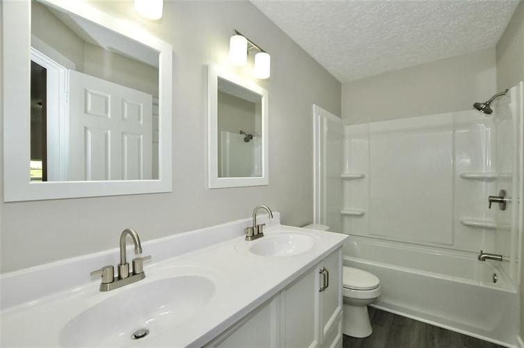 3011 Guilford Avenue Indianapolis IN 46205 | MLS 21705029 | photo 13