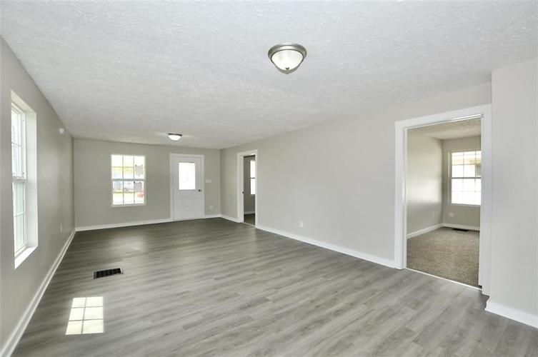 3011 Guilford Avenue Indianapolis IN 46205 | MLS 21705029 | photo 6