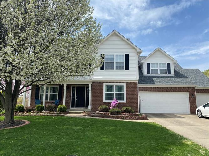 7736 Silver Lake Place Indianapolis IN 46259 | MLS 21705060 | photo 1