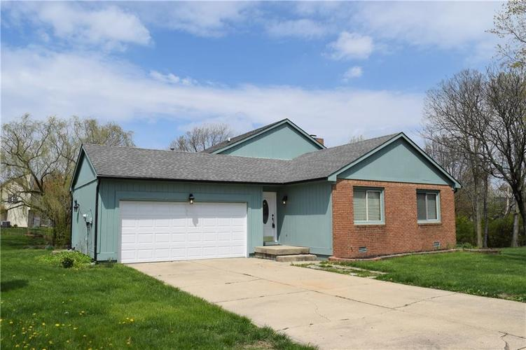 6066 BUELL Lane Indianapolis IN 46254 | MLS 21705131 | photo 1
