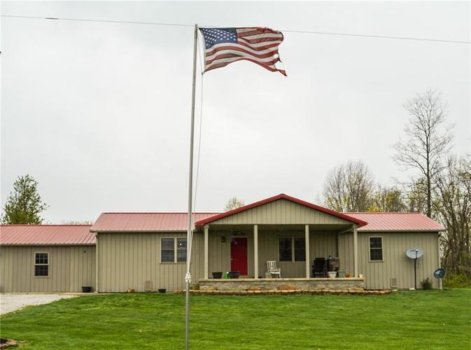 10594 W County Road 250 South Medora IN 47260 | MLS 21705163 | photo 1