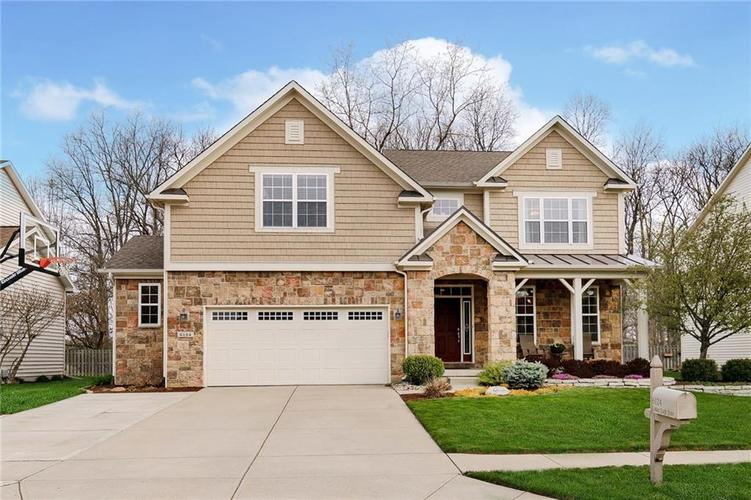 6124 Golden Eagle Drive Zionsville IN 46077 | MLS 21705187 | photo 1