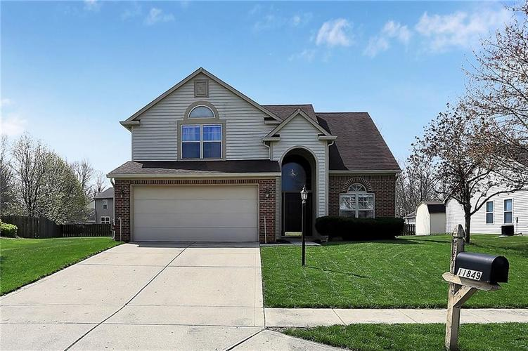 11849 Halle Drive Indianapolis IN 46229 | MLS 21705274 | photo 1