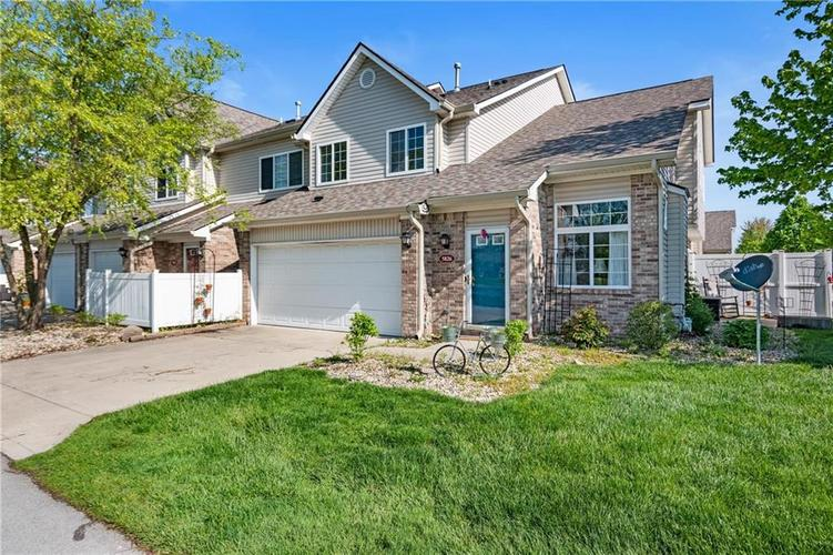 5826 Beacon Cove Place Indianapolis IN 46237   MLS 21705468   photo 1