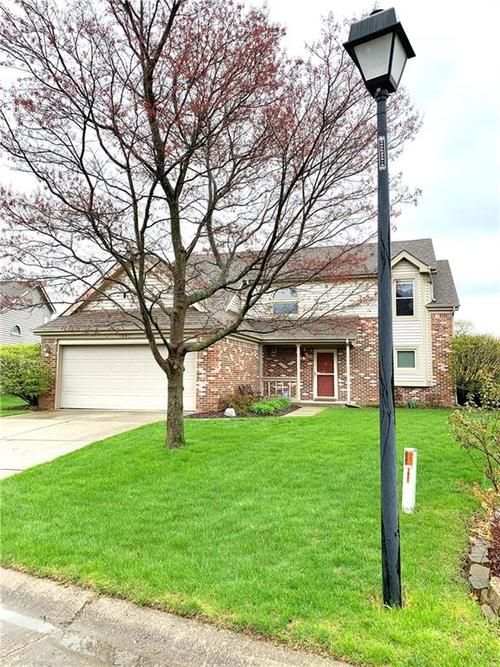 7847 Beanblossom Circle Indianapolis IN 46256 | MLS 21705606 | photo 1