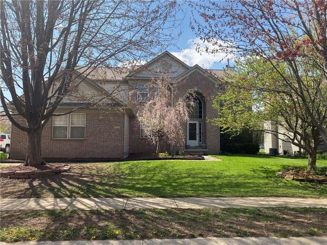 7648 Prairie View Drive Indianapolis IN 46256 | MLS 21705737 | photo 1