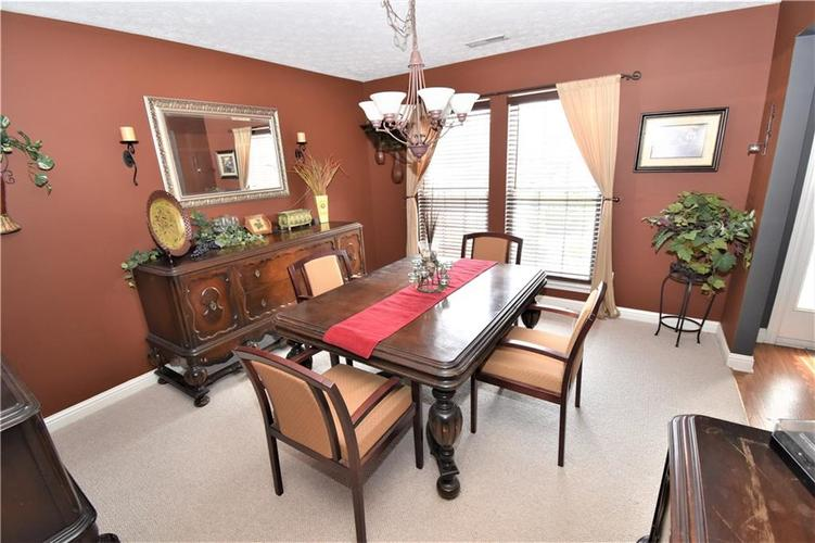8336 Hunters Meadow Court Indianapolis IN 46259 | MLS 21705830 | photo 28