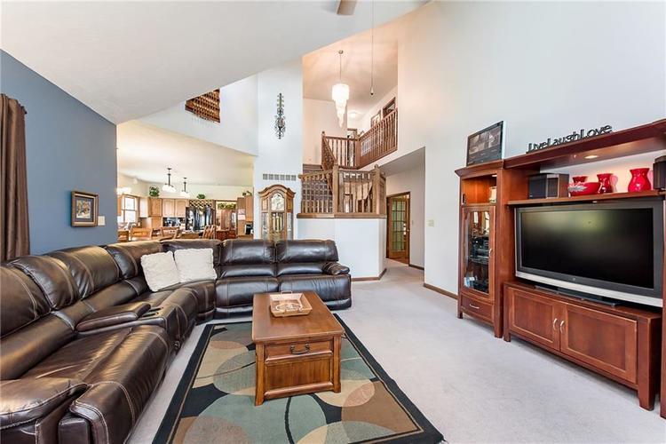 9115 Promontory Road Indianapolis IN 46236 | MLS 21705905 | photo 10
