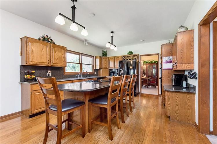 9115 Promontory Road Indianapolis IN 46236 | MLS 21705905 | photo 12