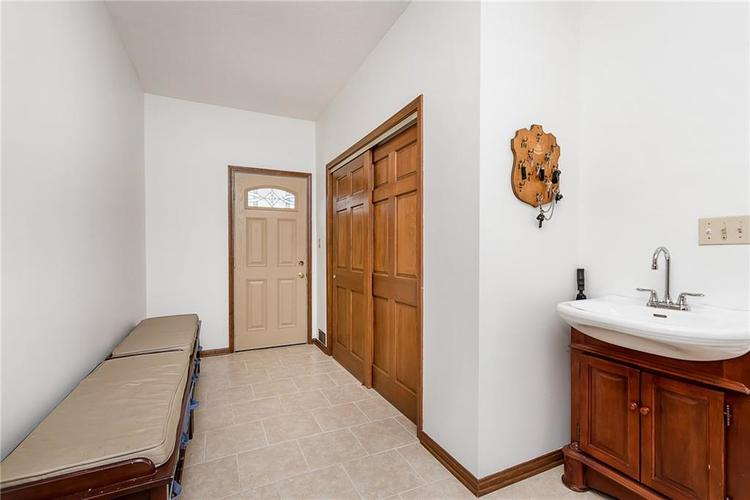 9115 Promontory Road Indianapolis IN 46236 | MLS 21705905 | photo 15