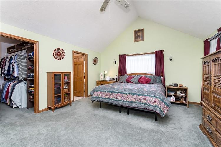 9115 Promontory Road Indianapolis IN 46236 | MLS 21705905 | photo 17