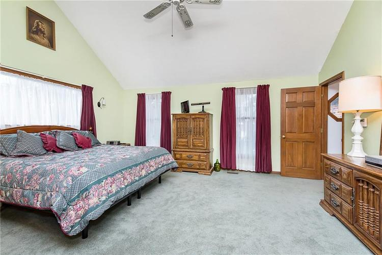 9115 Promontory Road Indianapolis IN 46236 | MLS 21705905 | photo 18