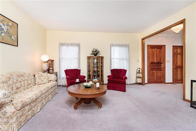 9115 Promontory Road Indianapolis IN 46236 | MLS 21705905 | photo 5