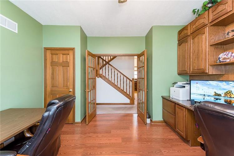 9115 Promontory Road Indianapolis IN 46236 | MLS 21705905 | photo 8