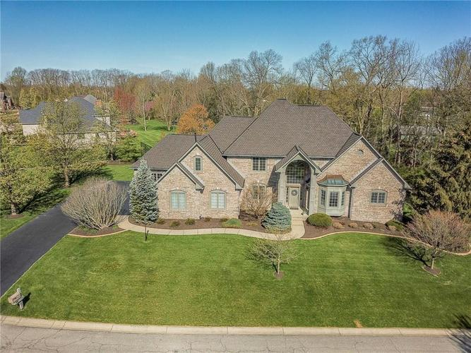 8934 SUMMER ESTATE Drive Indianapolis IN 46256   MLS 21706073   photo 2