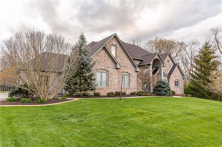 8934 SUMMER ESTATE Drive Indianapolis IN 46256   MLS 21706073   photo 5