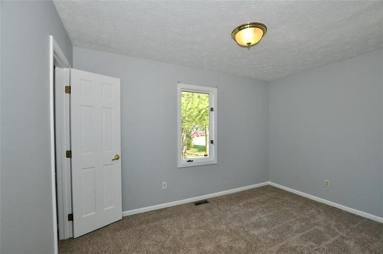 000 Confidential Ave.Indianapolis IN 46241 | MLS 21706141 | photo 16