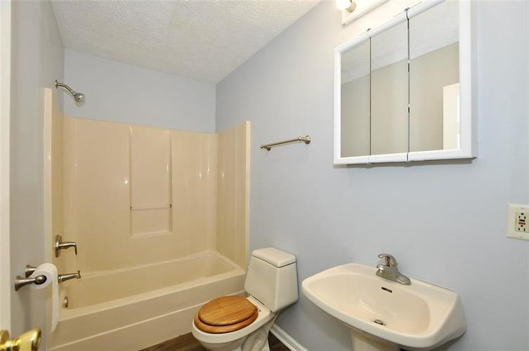 000 Confidential Ave.Indianapolis IN 46241 | MLS 21706141 | photo 20