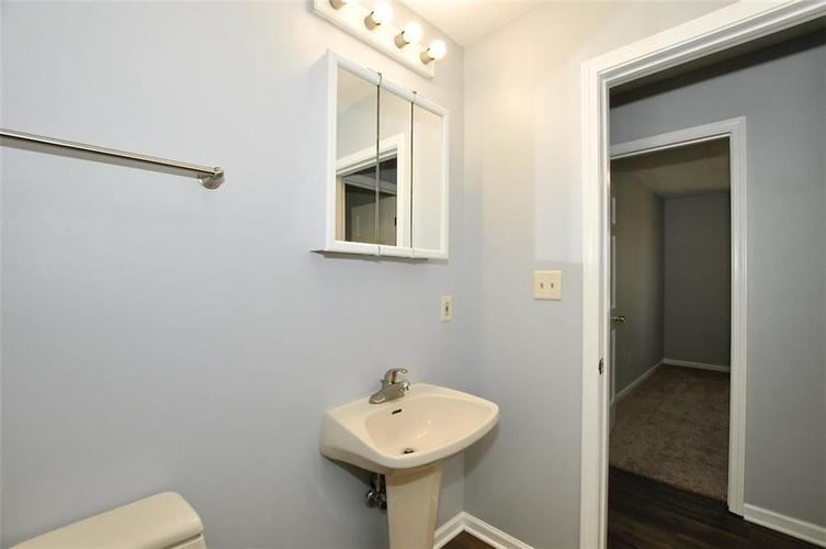 000 Confidential Ave.Indianapolis IN 46241 | MLS 21706141 | photo 21