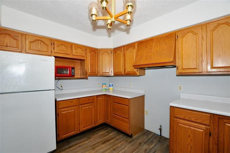 000 Confidential Ave.Indianapolis IN 46241 | MLS 21706141 | photo 25
