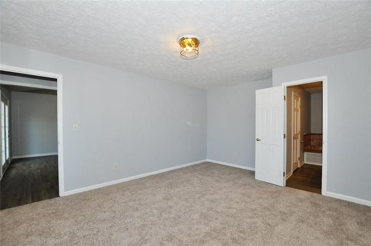 000 Confidential Ave.Indianapolis IN 46241 | MLS 21706141 | photo 39