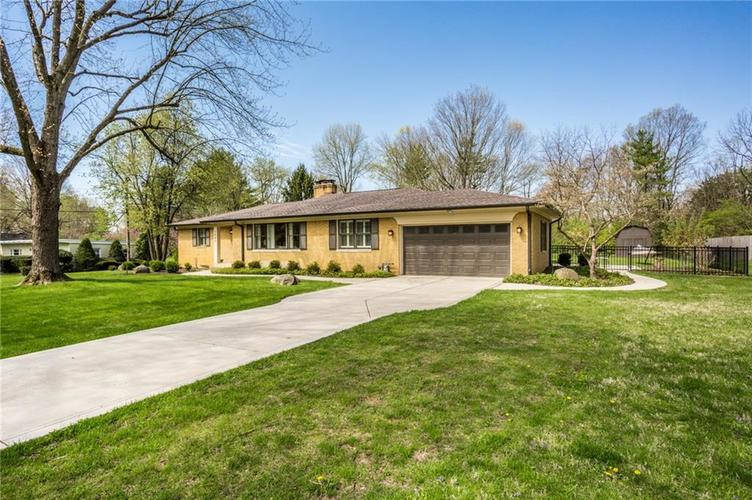 7980 MEADOWBROOK Drive Indianapolis IN 46240 | MLS 21706358 | photo 2