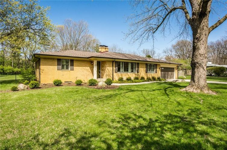 7980 MEADOWBROOK Drive Indianapolis IN 46240 | MLS 21706358 | photo 3