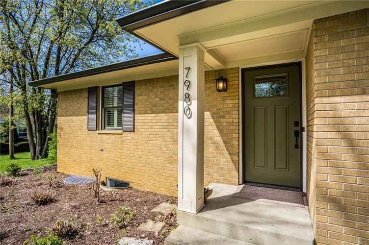 7980 MEADOWBROOK Drive Indianapolis IN 46240 | MLS 21706358 | photo 4