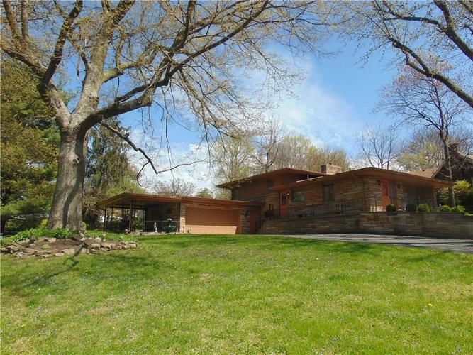 3202 Byrd Drive Indianapolis IN 46227 | MLS 21706379 | photo 1