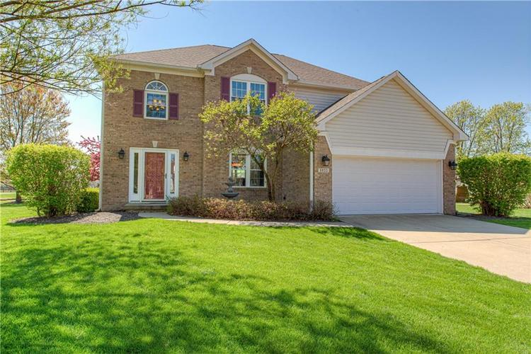 6833 Copper Court Plainfield IN 46168 | MLS 21706414 | photo 1