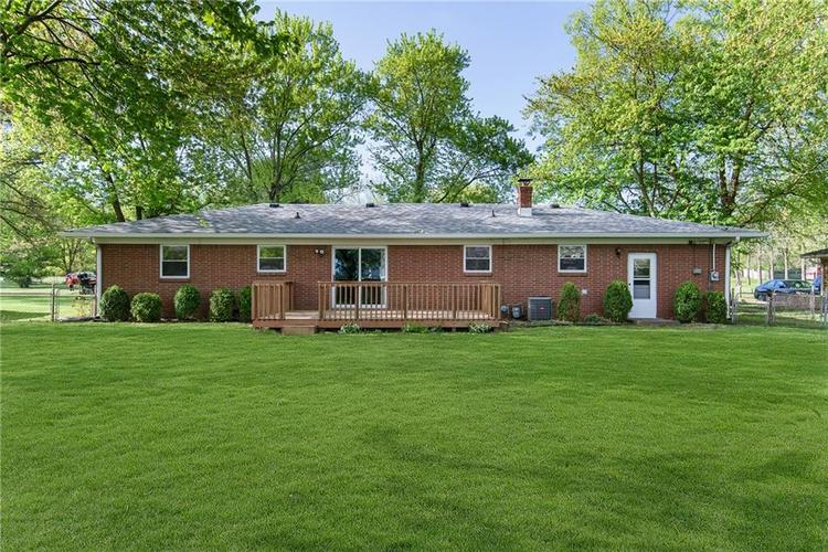 10936 Maze Road Indianapolis IN 46259 | MLS 21706557 | photo 24