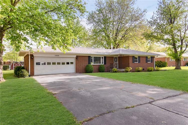 10936 Maze Road Indianapolis IN 46259 | MLS 21706557 | photo 3