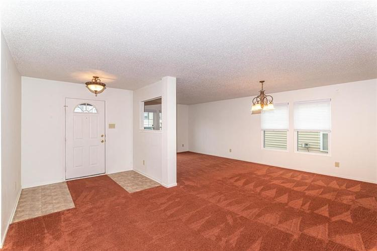 13325 Loyalty Dr Fishers IN 46037 | MLS 21706732 | photo 2