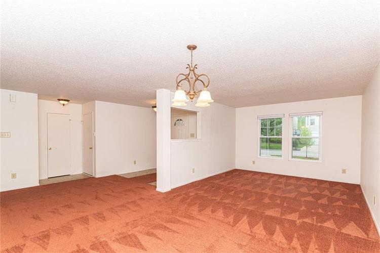 13325 Loyalty Dr Fishers IN 46037 | MLS 21706732 | photo 3