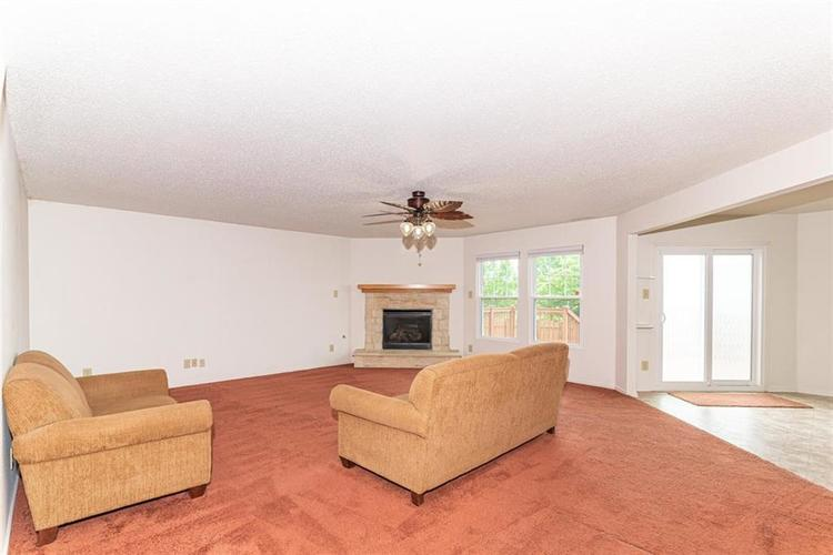 13325 Loyalty Dr Fishers IN 46037 | MLS 21706732 | photo 5