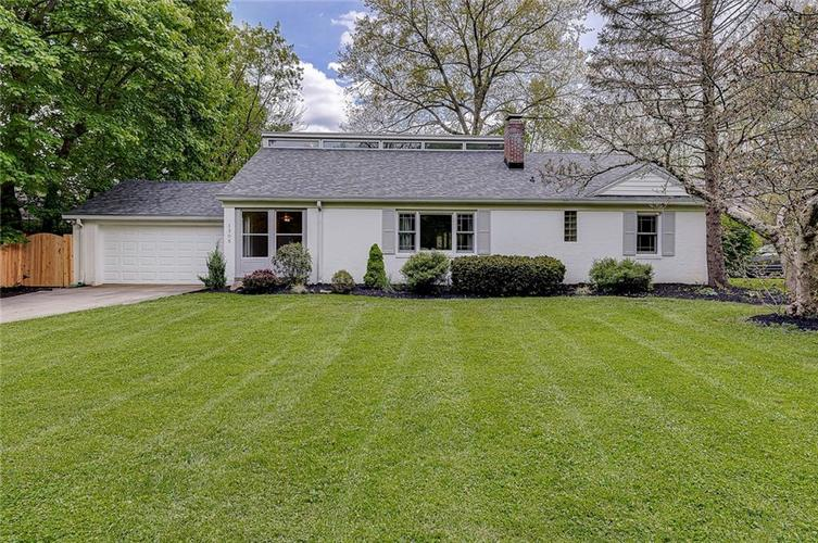 1305 Meadowbrook Drive Indianapolis IN 46240 | MLS 21706818 | photo 1