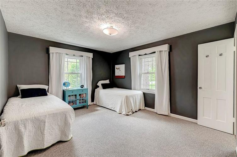 1305 Meadowbrook Drive Indianapolis IN 46240 | MLS 21706818 | photo 15