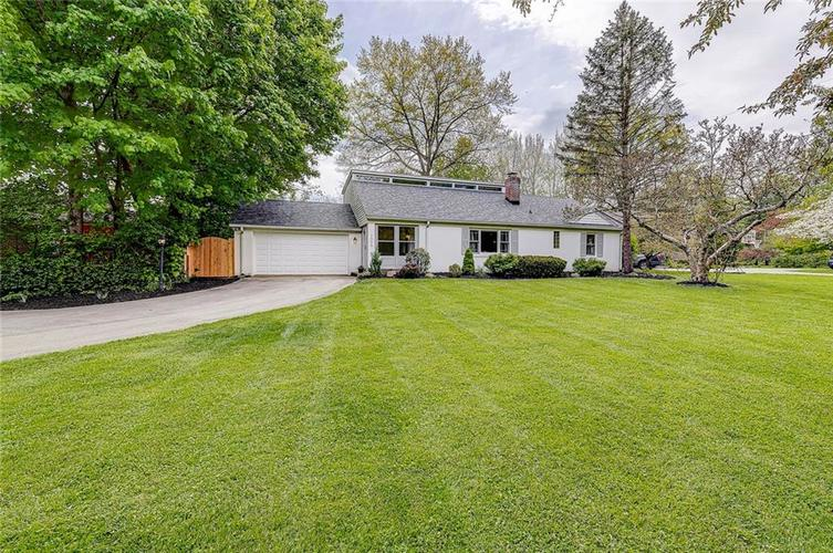 1305 Meadowbrook Drive Indianapolis IN 46240 | MLS 21706818 | photo 2