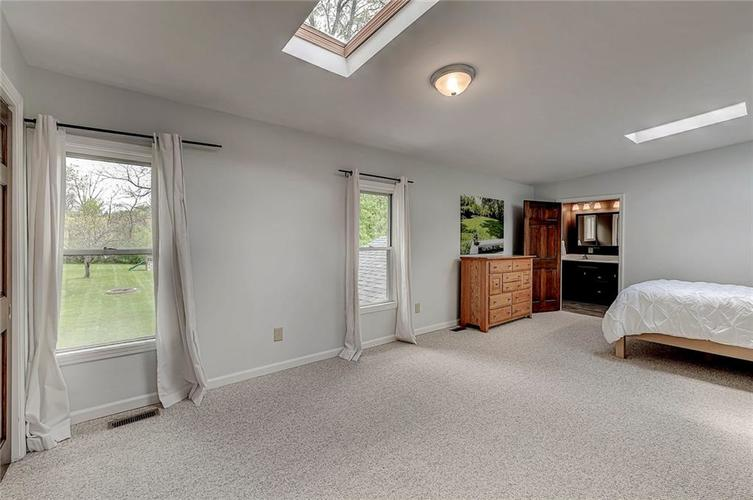 1305 Meadowbrook Drive Indianapolis IN 46240 | MLS 21706818 | photo 23