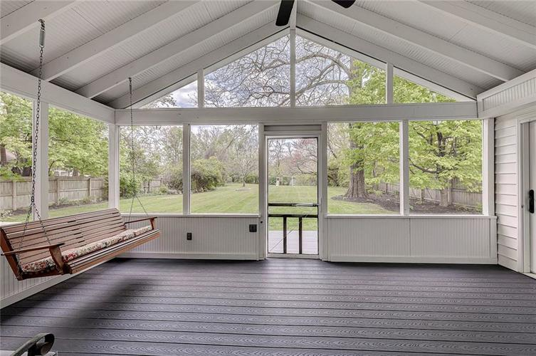 1305 Meadowbrook Drive Indianapolis IN 46240 | MLS 21706818 | photo 29