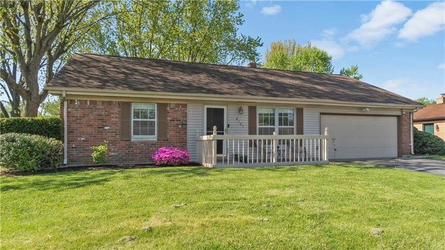 8107 E 13th Street Indianapolis IN 46219 | MLS 21707024 | photo 1
