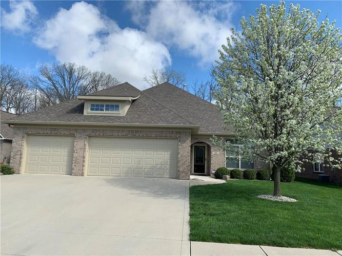 5666 Augusta Woods Drive Plainfield IN 46168 | MLS 21707047 | photo 1