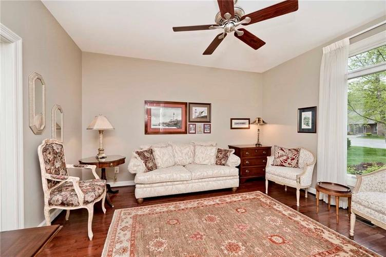 6707 Knollcreek Drive Indianapolis IN 46256 | MLS 21707076 | photo 23
