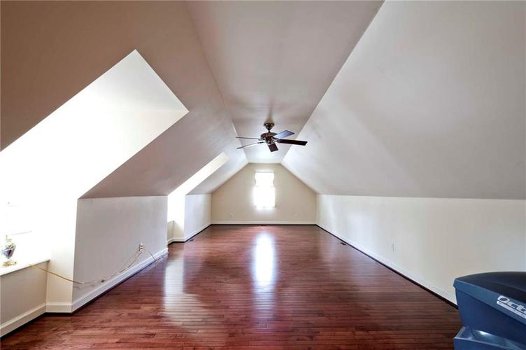 6707 Knollcreek Drive Indianapolis IN 46256 | MLS 21707076 | photo 29