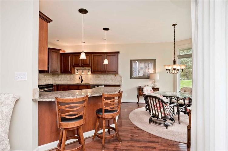 6707 Knollcreek Drive Indianapolis IN 46256 | MLS 21707076 | photo 8
