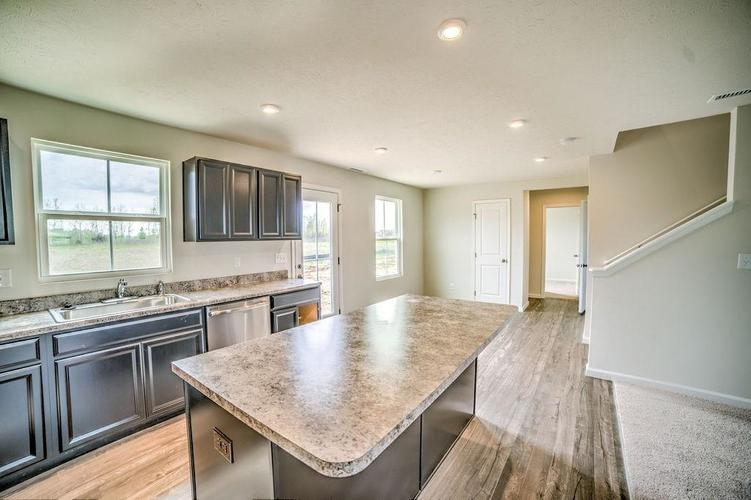 7063 Mardenis Drive S Camby IN 46113 | MLS 21707096 | photo 7
