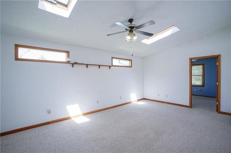 1317 Buckley Court Indianapolis IN 46229 | MLS 21707171 | photo 10